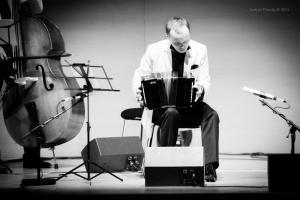 Show-Veliz- Giachello, Congress049