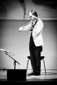 Show-Veliz- Giachello, Congress050